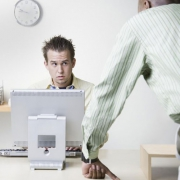 زورگویی در محیط کار